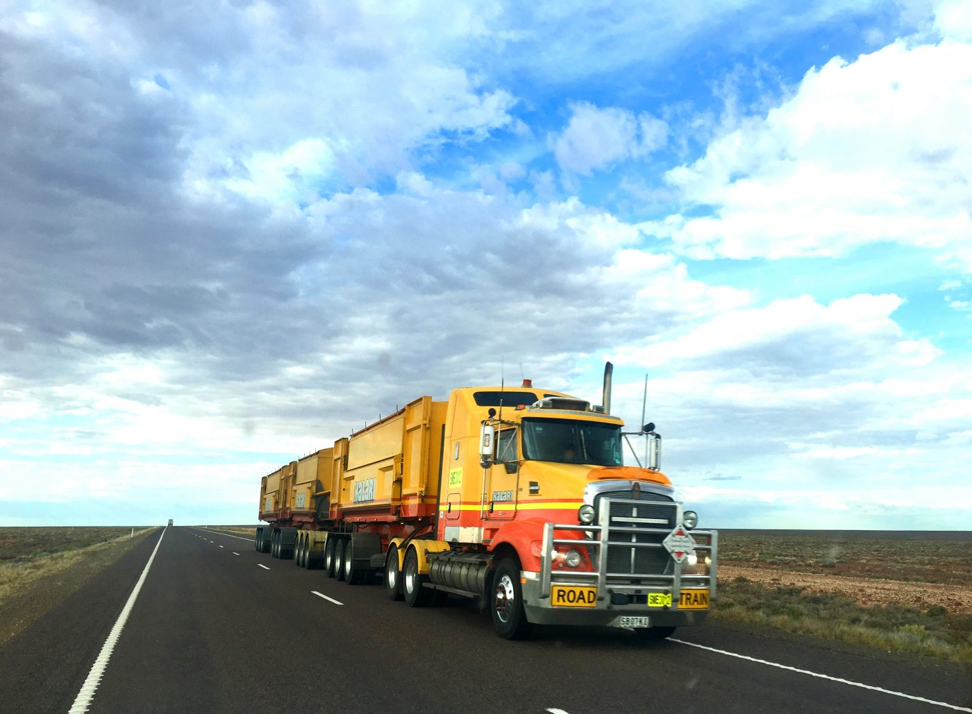 What You Need to Know About Domestic Full Truckload and Less Than Truckload - LTL Shipments